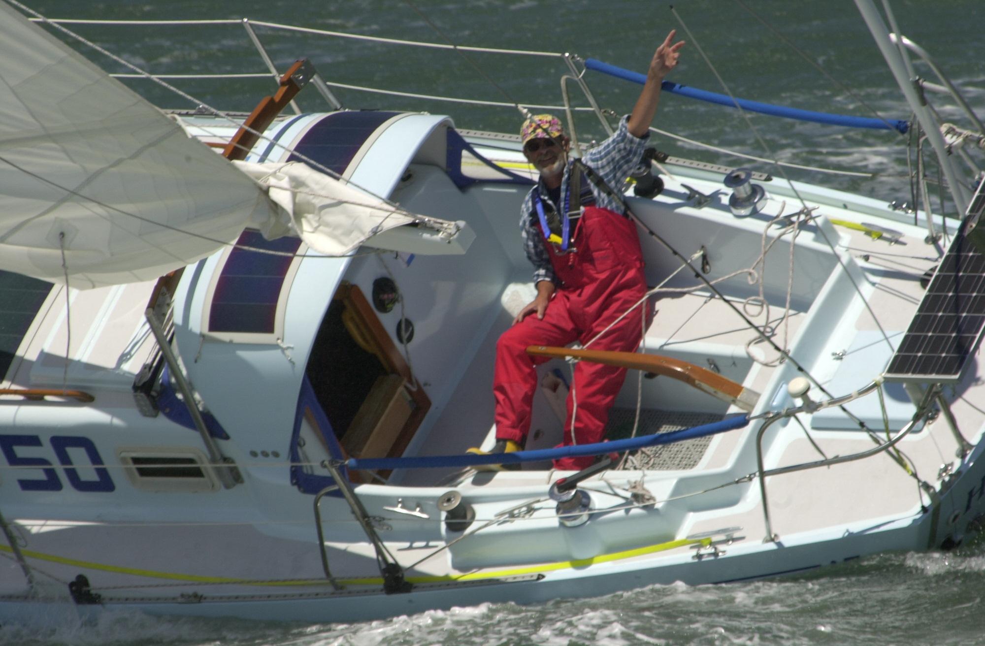 Mini Boats, Maxi Race: DISC Sponsors Elite Singlehanded Sailor